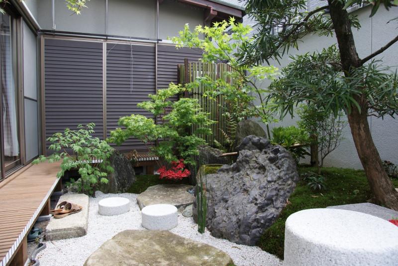 庭志から庭師へ-宇治F邸01