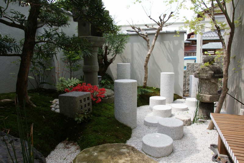 庭志から庭師へ-宇治F邸03