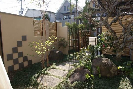 庭志から庭師へ-久御山町Yさんの庭3